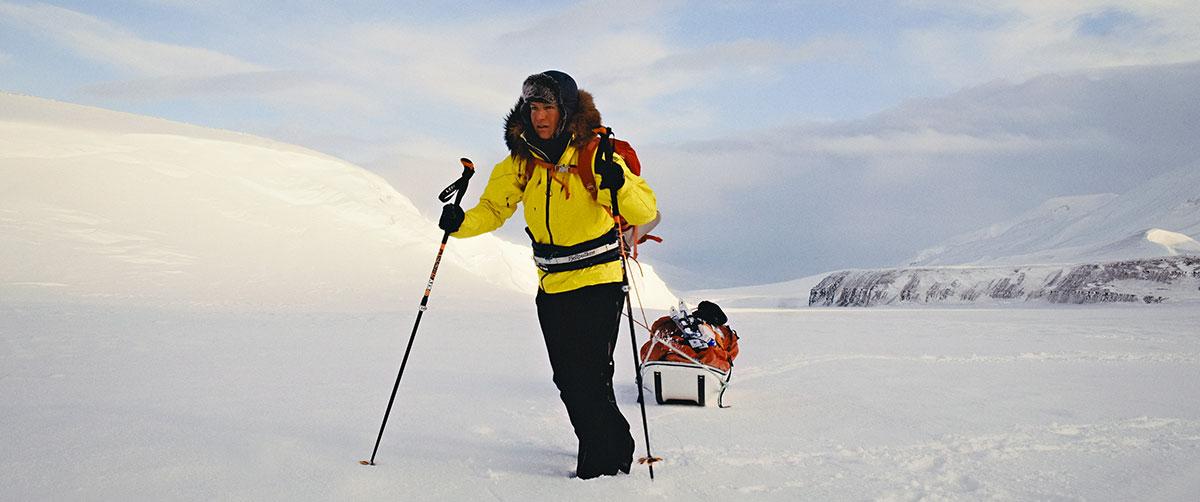 Evelyne Binsack bricht auf zu ihrer Expedition an den Nordpol